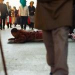 Tibet Buddhist Pilgrim Prostrating Barkhor Lhasa — Stock Photo