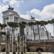 National monument of Vittorio Emanuele II on the the Piazza Vene — Stock Photo