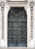Door detail from the Duomo in Milan, Italy — Stock Photo