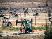 Oljepump. oljeindustrin utrustning — Stockfoto