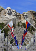 Mount Rushmore National Monument with state flags. South Dakota, USA. — Stock Photo
