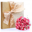 Bouquet of Pink Roses and Gold Gift Box isolated on white — Stock Photo #37773789
