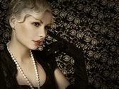 Retro Woman. Portrait of Fashion Beautiful Blonde. Vintage style — Stock Photo
