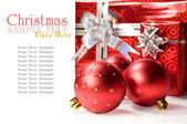 クリスマス ボールとギフト — ストック写真