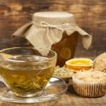 Still life with green tea and honey — Stock Photo