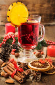 Christmas still life: mulled wine and spices — Stock Photo