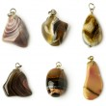 Set of agate pendants — Stock Photo #48697563