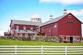 Güzel amerikan çiftlik evi — Stok fotoğraf