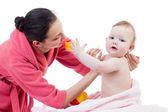 Baby hygiëne na het baden — Stockfoto
