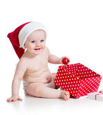 Baby girl with gift box isolated on white background — Φωτογραφία Αρχείου