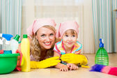 Mother and her child ready to room cleaning — Photo