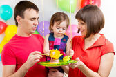 Family celebrating baby birthday — Zdjęcie stockowe