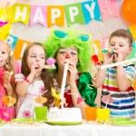 Kids celebrate birthday party — Stock Photo #42662535