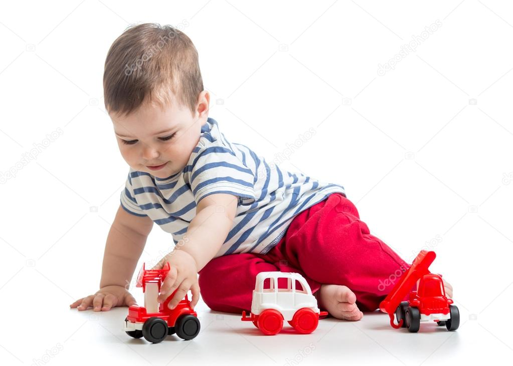 Beb ni o peque o ni o jugando con coches de juguete - Foto nino pequeno ...