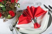 Mesa festiva en rojo y blanco 3 — Foto de Stock