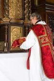 świętego kielicha w tabernakulum — Zdjęcie stockowe