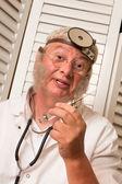 Docteur vintage avec seringue — Photo