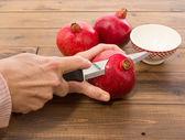 Färskt granatäpple — Stockfoto