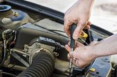 Car mechanic at work — Stock Photo