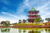 Kinesiska gamla byggnader: trädgård. — Stockfoto