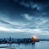 At dusk the city — Stock Photo
