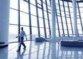 Office venster en tekens silhouet — Stockfoto