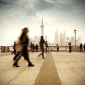 Shanghai street and pedestrian — Stock Photo
