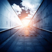 Tunnel e la luce — Foto Stock