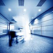 Airport passenger — Stock Photo