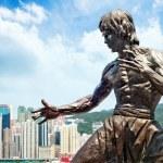 Bruce Lee statue — Stock Photo