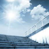 Steps lead to the sky — Stock Photo