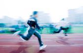 100 м работает гонки — Стоковое фото