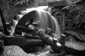 Vattenhjul mekanisk anordning — Stockfoto
