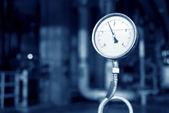 Manômetros de pressão e válvulas — Foto Stock