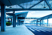Shanghai Pudong Airport road — Stock Photo