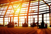 Passengers in Shanghai Pudong Airport — Stock Photo