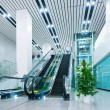 Hall and escalators — 图库照片