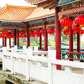 Red lanterns and ancient buildings — Stock Photo