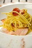 Pasta con salmón — Foto de Stock