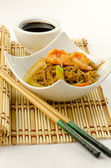 Delicious Chinese noodles with shrimps — Foto Stock