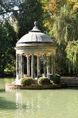 Chinescos пруд, сад принца, аранхуэс (мадрид) — Стоковое фото