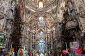 Altarpiece of Shrine of Our Lady of Ocotlan, Tlaxcala (Mexico) — Stockfoto