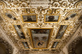 Baroque decoration in the church of San Agustin, Cordoba (Spain) — Stock Photo