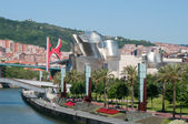 Nervion river, La Salve bridge and Guggenheim Museum on June 12, 2013 in Bilbao, Spain. — Stock Photo