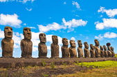 Moais in Ahu Tongariki, Easter island (Chile) — Stock Photo