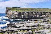 Скалы inishmore, Аранские острова в Ирландии — Стоковое фото