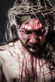 Kalwarii jezus, człowiek, krwawienie, przedstawienie męki — Zdjęcie stockowe