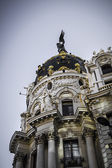 Metropolis building, Architecture along Gran Via in Madrid — Stock Photo