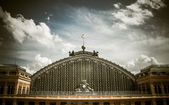 Facade of the Atocha station in Madrid — Stock Photo