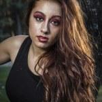 Beautiful girl in autumn park — Stock Photo #40181047